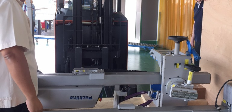 Packline Lifter with clamp attachment sold to Sriprasit Pharm Co.,Ltd. December 2018